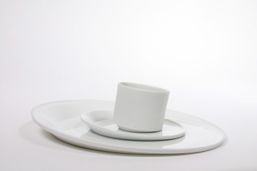 Tilting by Linde Hermans: porcelain tableware for Studio Pieter Stockmans, 2011